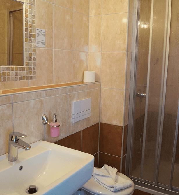 Hotel Amalfi Pulheim - Dusche-Bad
