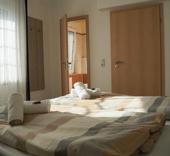 Hotel Amalfi Pulheim: Doppelzimmer mit Dusche